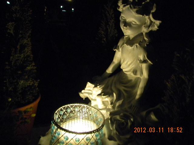 木本邸ガーデンライト01